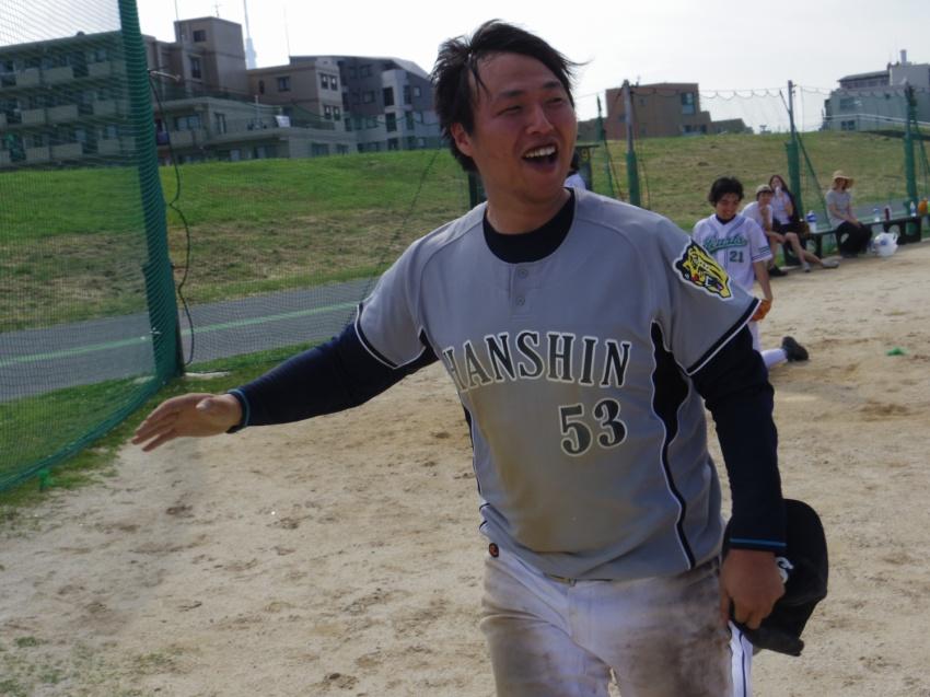 nishida_15nyuushamembershokai_01.jpg